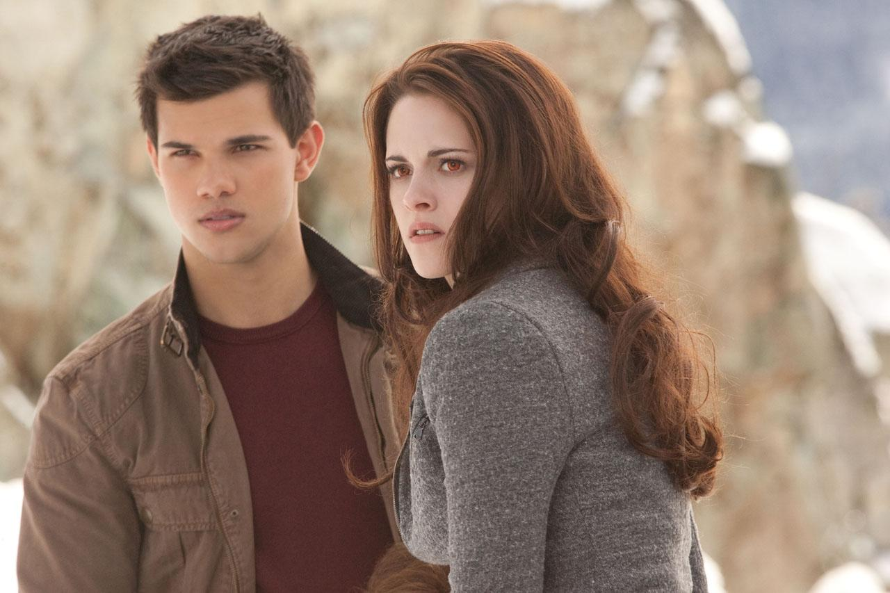 Breaking Dawn Part 2 Poster And Photos (12)