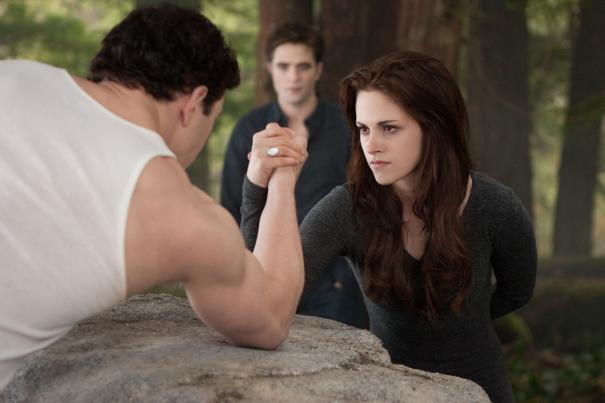 Breaking Dawn Part 2 Poster And Photos (3)