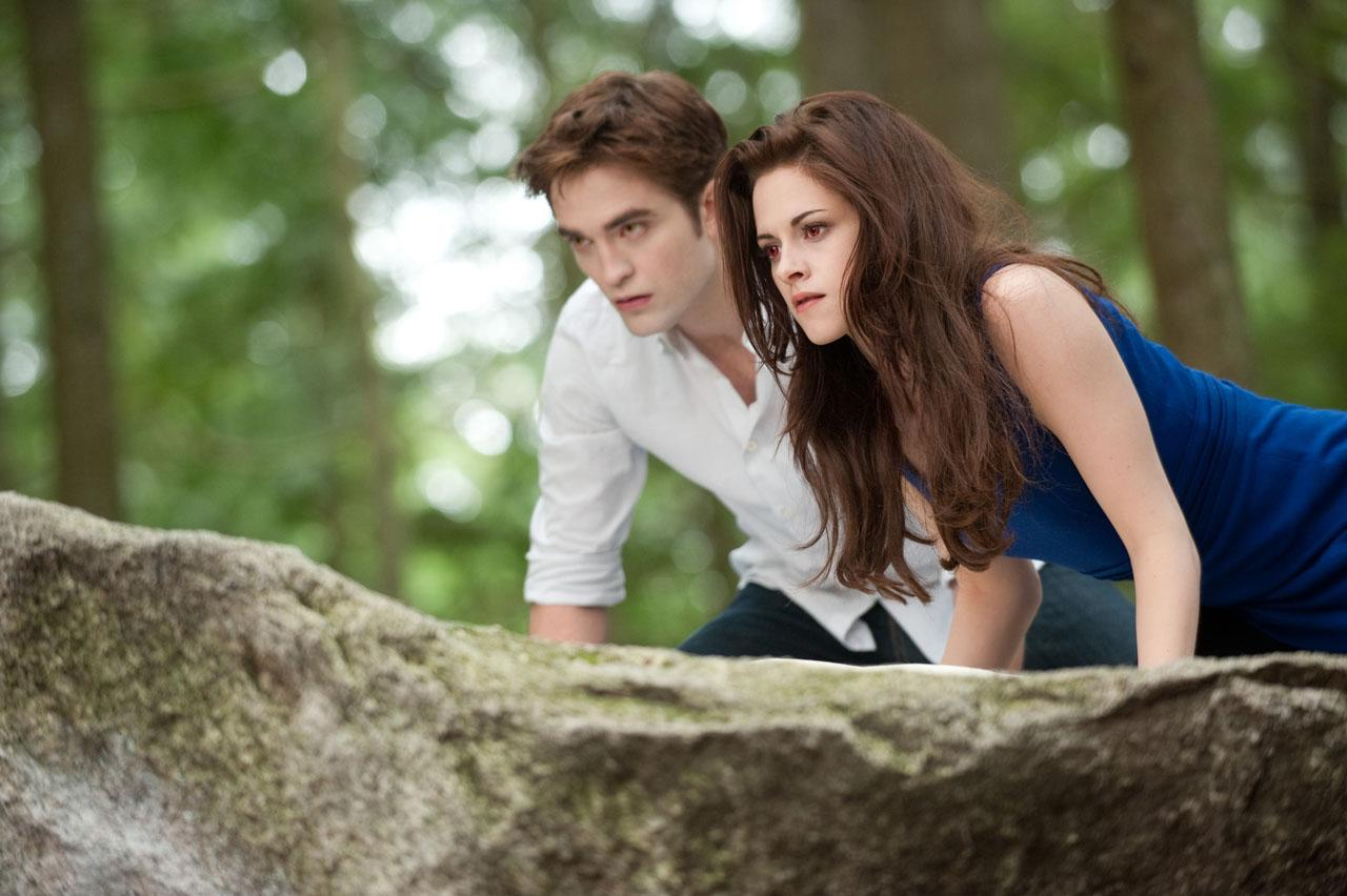 Breaking Dawn Part 2 Poster And Photos (1)