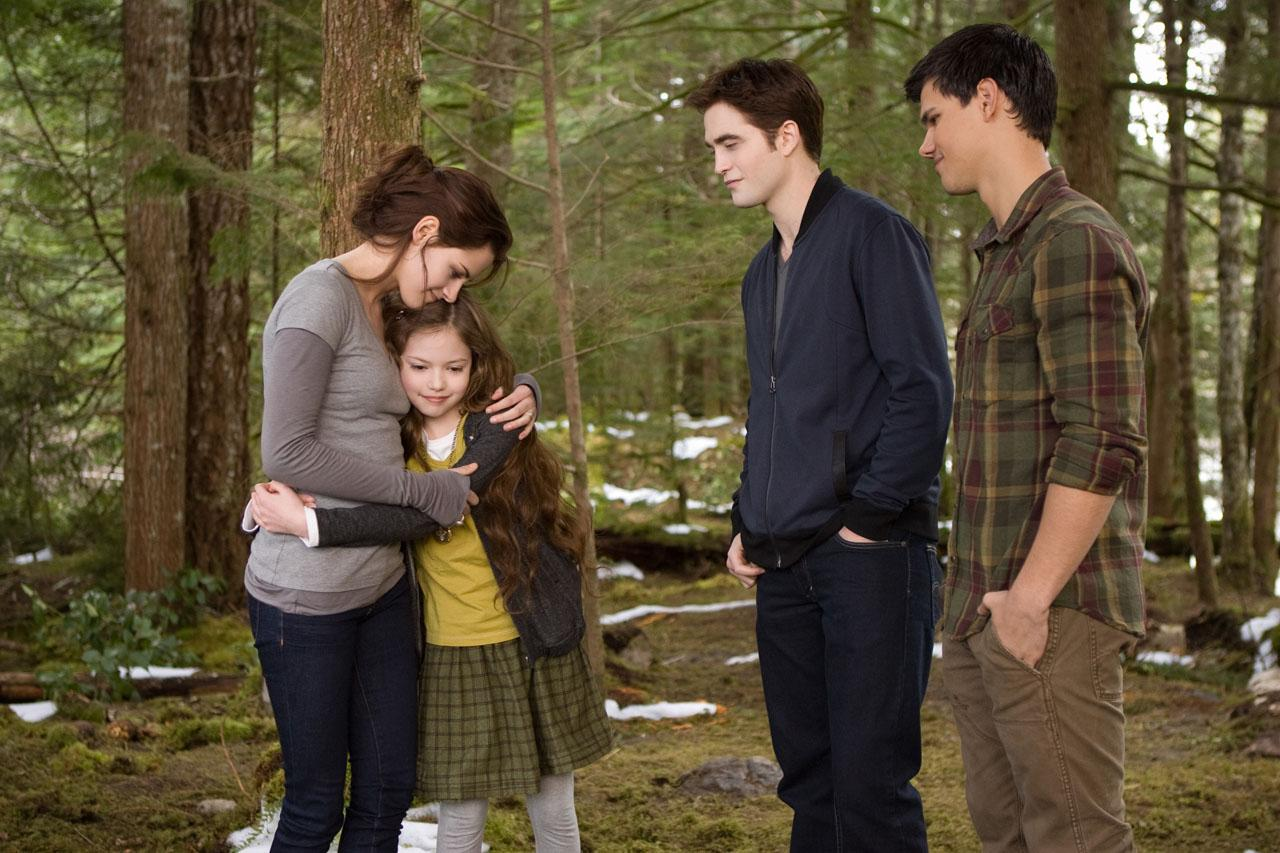 Breaking Dawn Part 2 Poster And Photos (5)