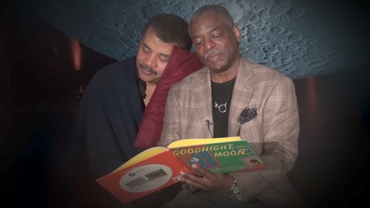 Levar Burton Reading GOODNIGHT MOON To Neil Degrasse Tyson ...